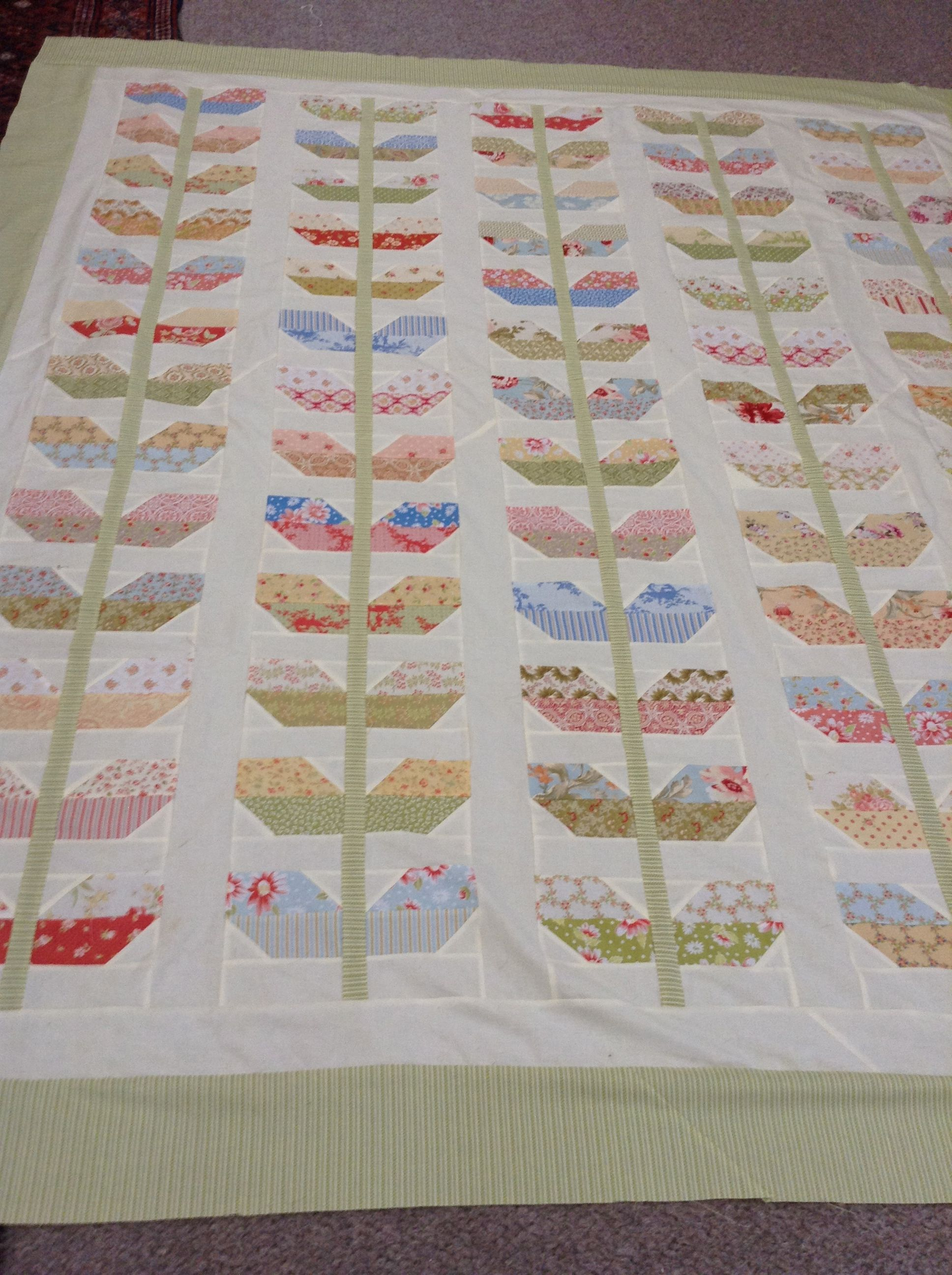Fig Tree Quilts Stem Pattern. Laura s Quilts Pinterest Tree quilt, Fig tree and Patterns