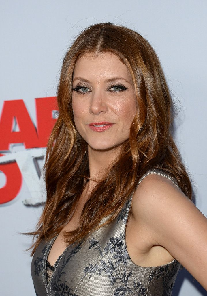 Kate Walsh Photos Photos Arrivals At The Scary Movie 5 Premiere 2 Addison Montgomery Atriz Norte Americano