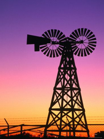 Gorgeous photo of a Windmill in Lubbock, Texas