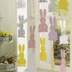 Aussichtsreich: Fensterdeko zu Ostern selber machen