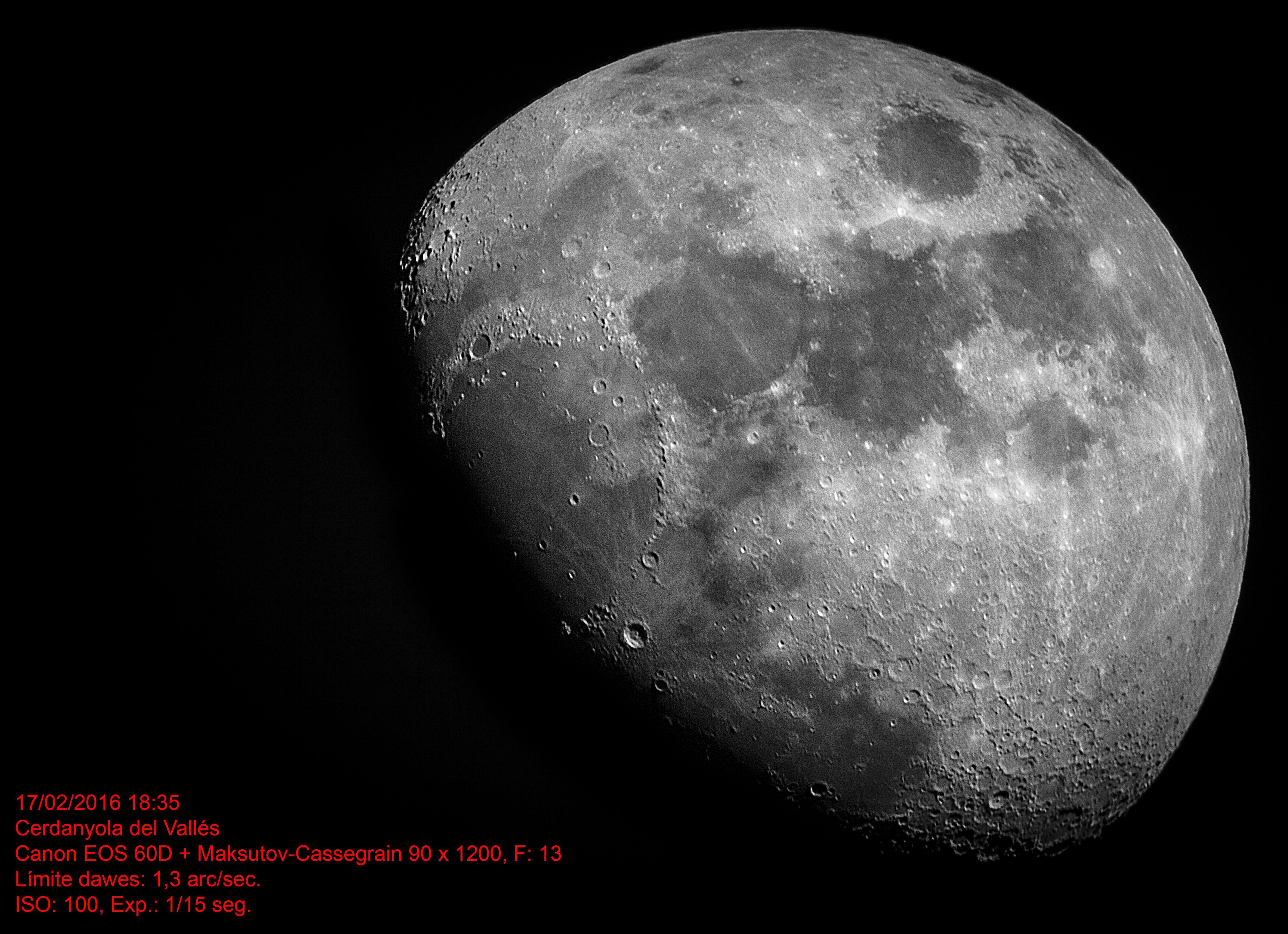 La luna en cuarto creciente desde casa.   Merece ser visto   Pinterest