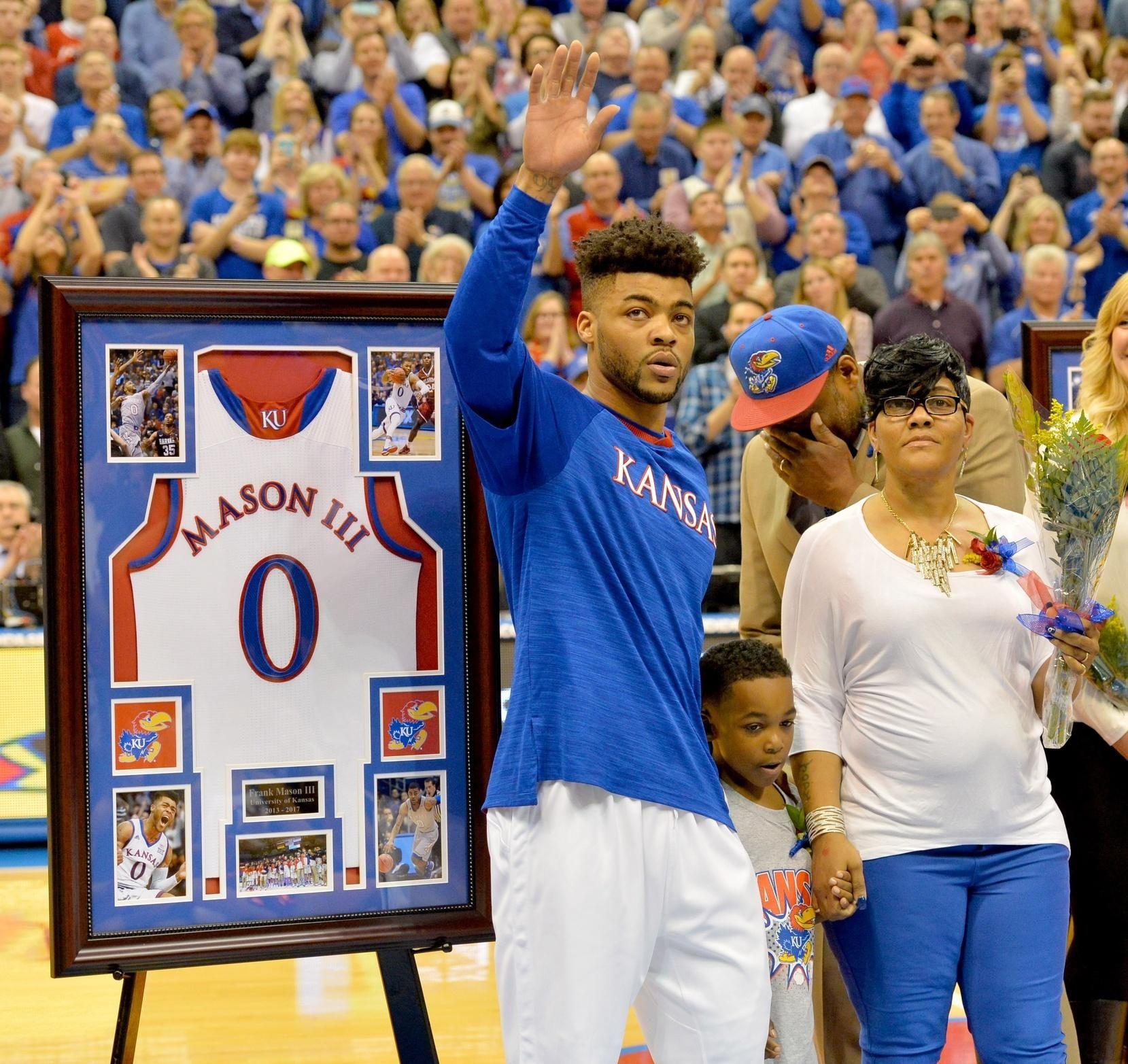 Kansas's Frank Mason III Dedicates Senior Night to Son
