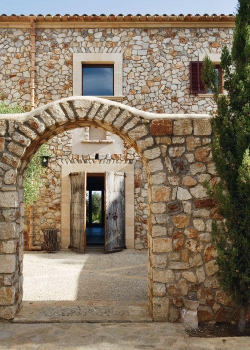 Las claves de la fachada de piedra casa campo inspiraci n - Trabajo en casas rurales ...