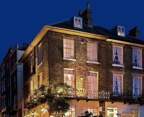 Castle House, Dover, Kent, UK, England. Castle House, Dover, Kent, UK, England. Bed and Breakfast. Travel. Accommodation. Staycation. Wifi. Children Welcome. Pets Welcome.