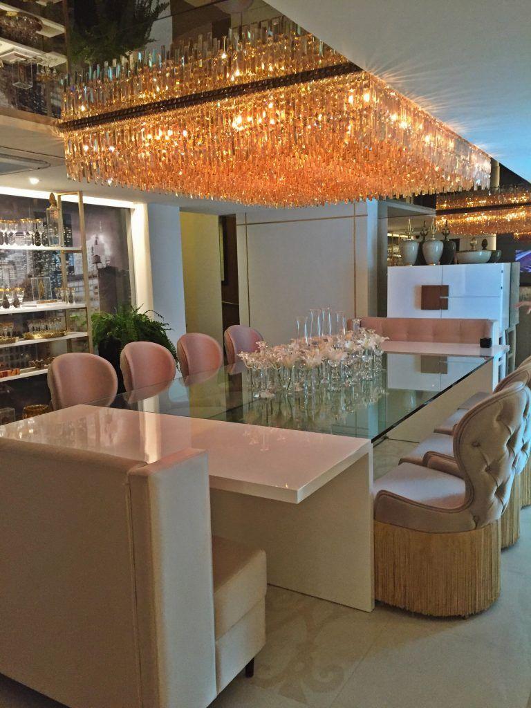 Casa Cor Paraiba Sala De Jantar Da Mans O 50 Tons De Dourado  -> Lustre Para Sala De Jantar Dourado