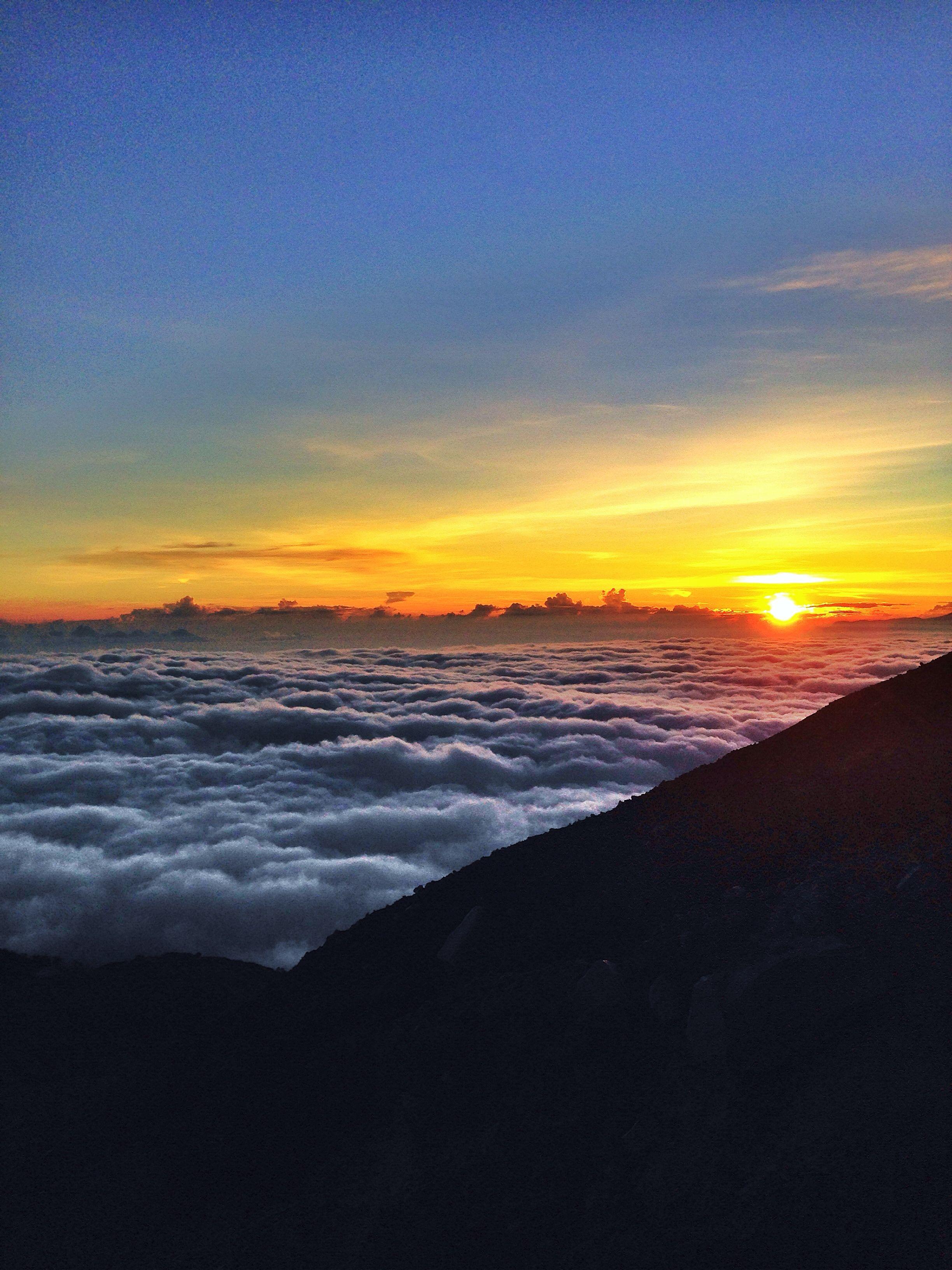 Sunrise At Semeru Mountain Fotografi Alam Pemandangan Pemandangan Khayalan