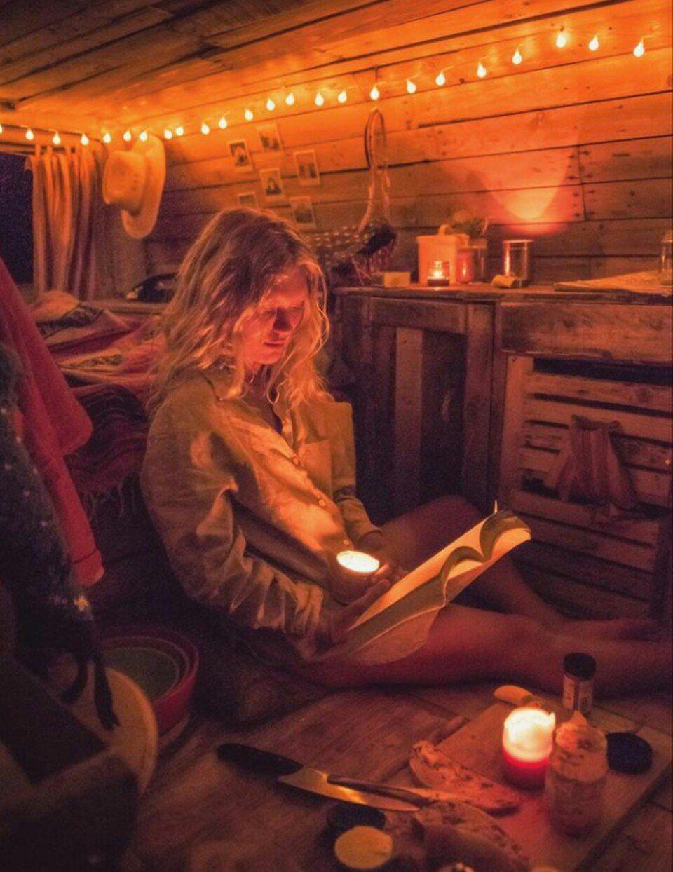 pin by lynette elizabeth on van life camper. Black Bedroom Furniture Sets. Home Design Ideas