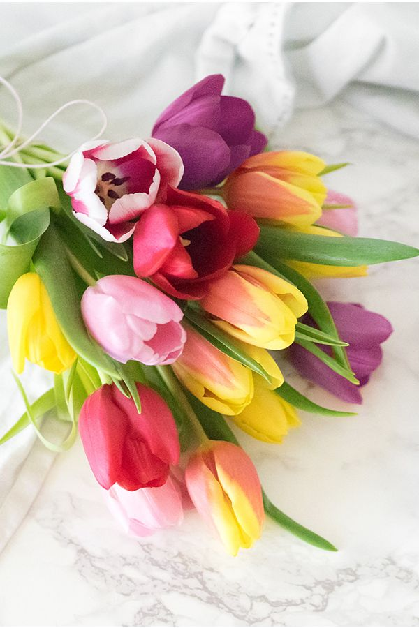 Tulips Always Make For A Lovely Fl Gift 20 Colorful Stems Will Brighten Mom S Day On Mother And You Can Even Have The Bouquet Delivered In