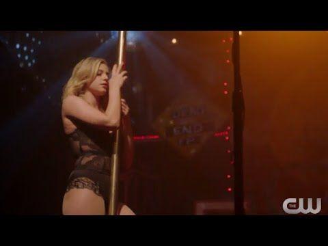 Pin De Mariana Em Riverdale Riverdale Betty Dance E Bughead
