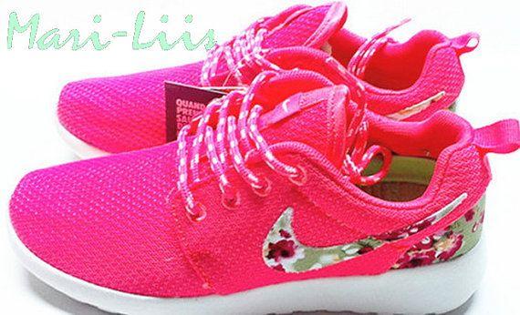 Custom Nike Roshe Run athletic running shoes with by mariliisshop