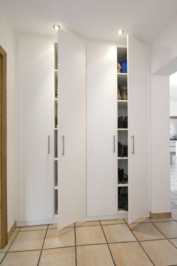 die planung eines schuhschrankes kann super einfach mit dem 3d konfigurator durchgef hrt und. Black Bedroom Furniture Sets. Home Design Ideas