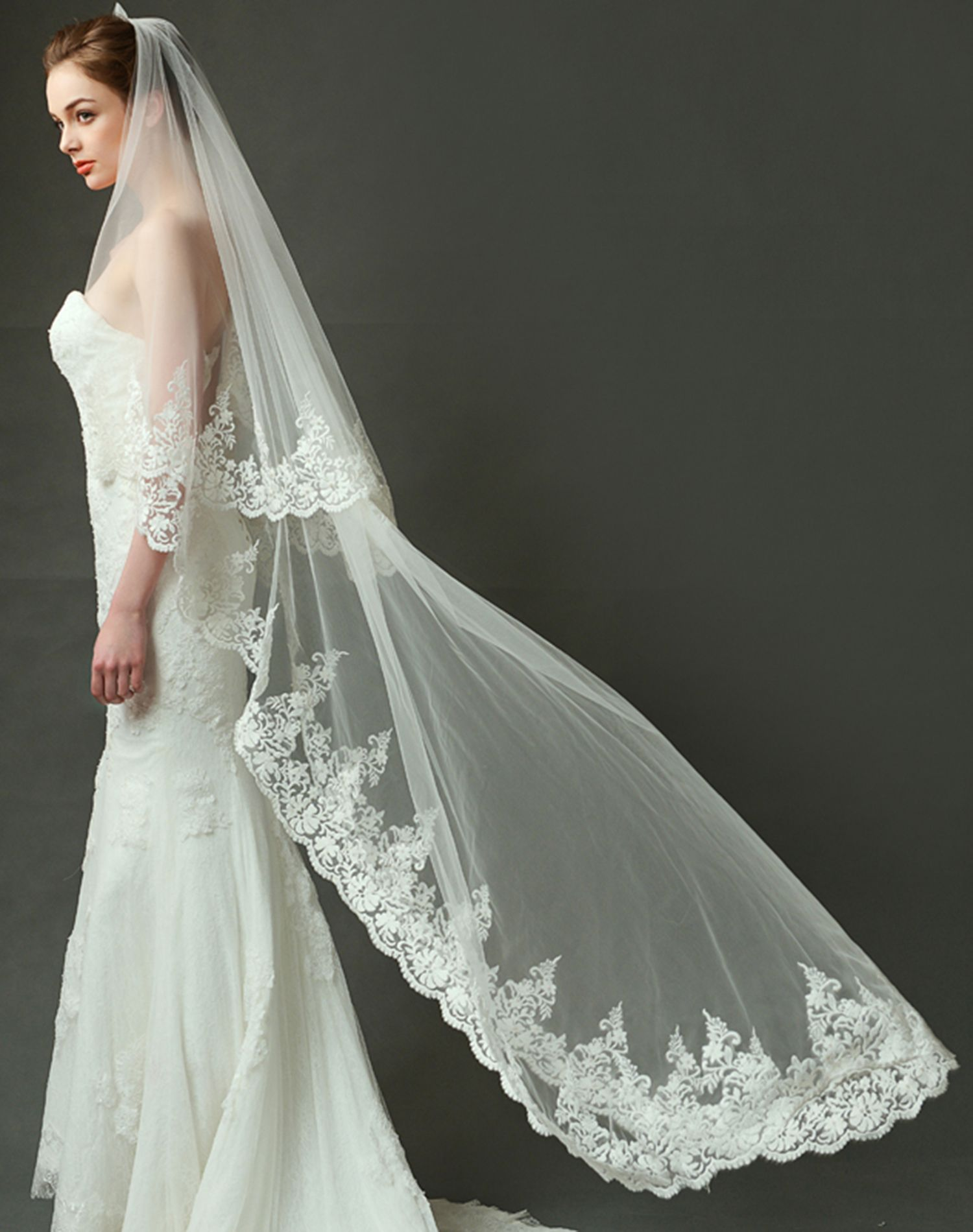 LynnBridal Scalloped Cathedral Length Wedding Veil with