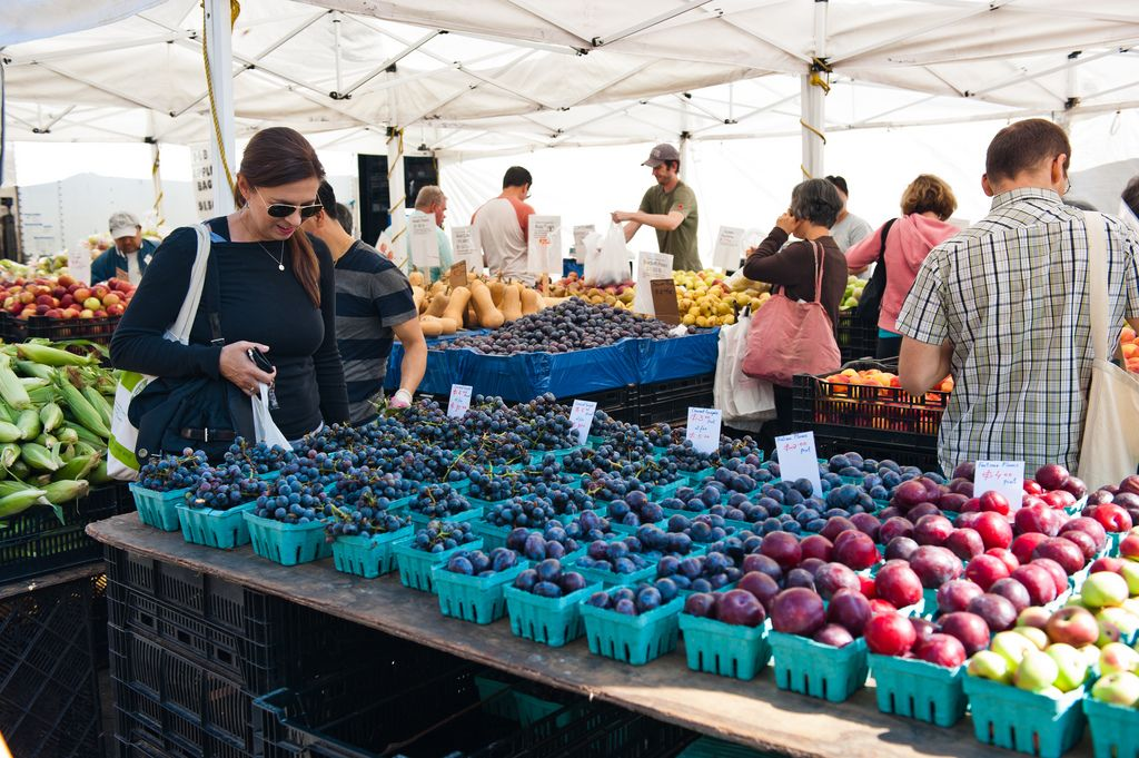 It's National Farmers Market Week! Have you been thinking about visiting your market? http://bit.ly/1hfml9R