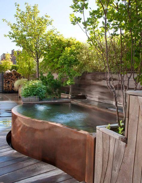 Outdoor Spas - Hot Tubs - Baths