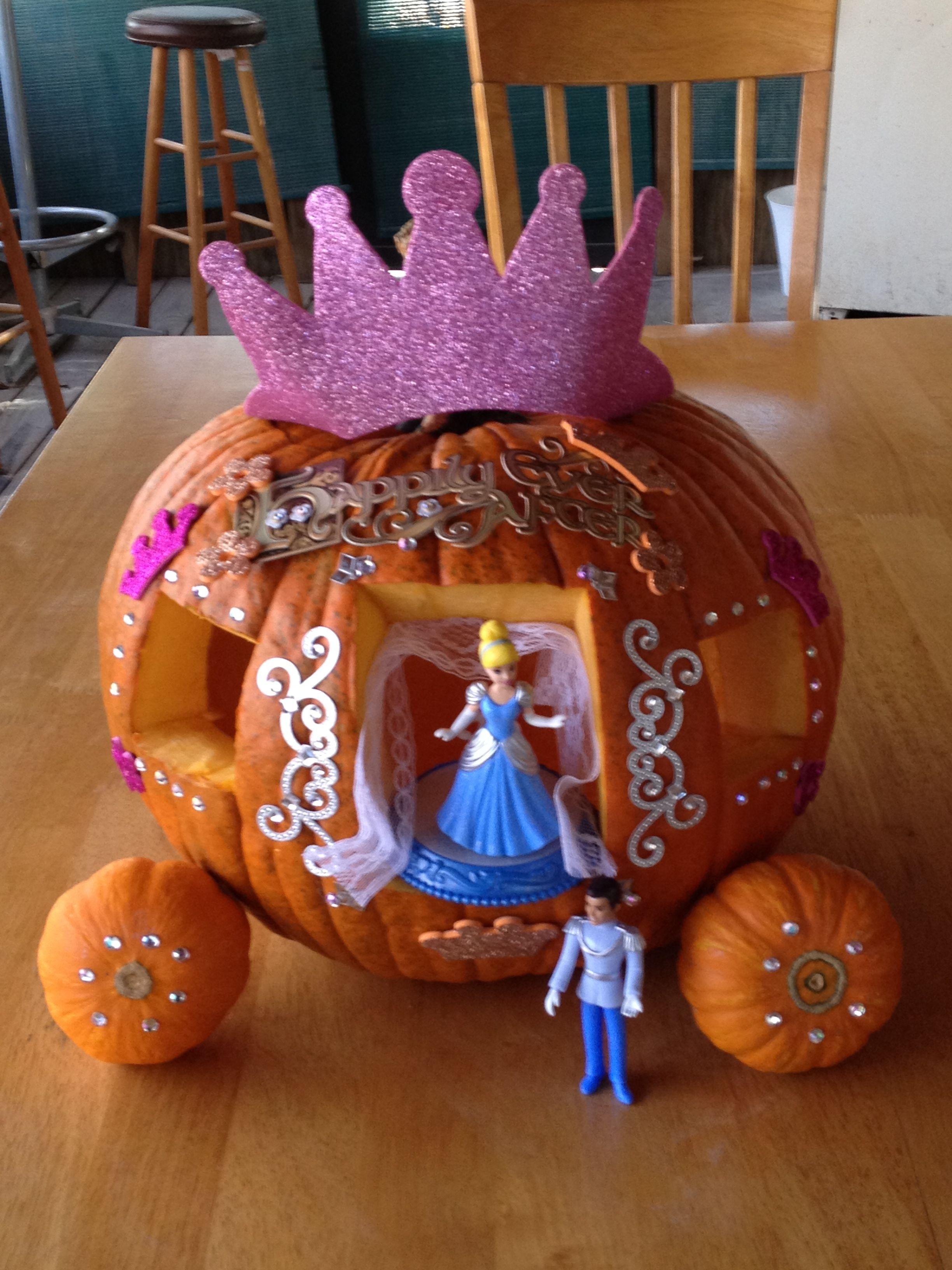 Halloween Pumpkin Contest! Story book pumpkin