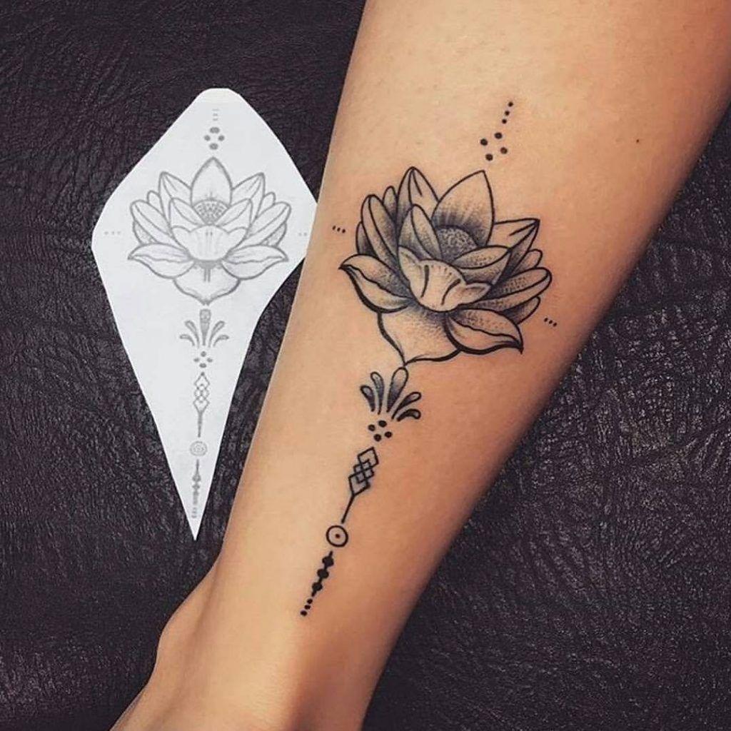 FOTOS DE TATUAGENS PEQUENAS FEMININAS NA PERNA Tatuagem