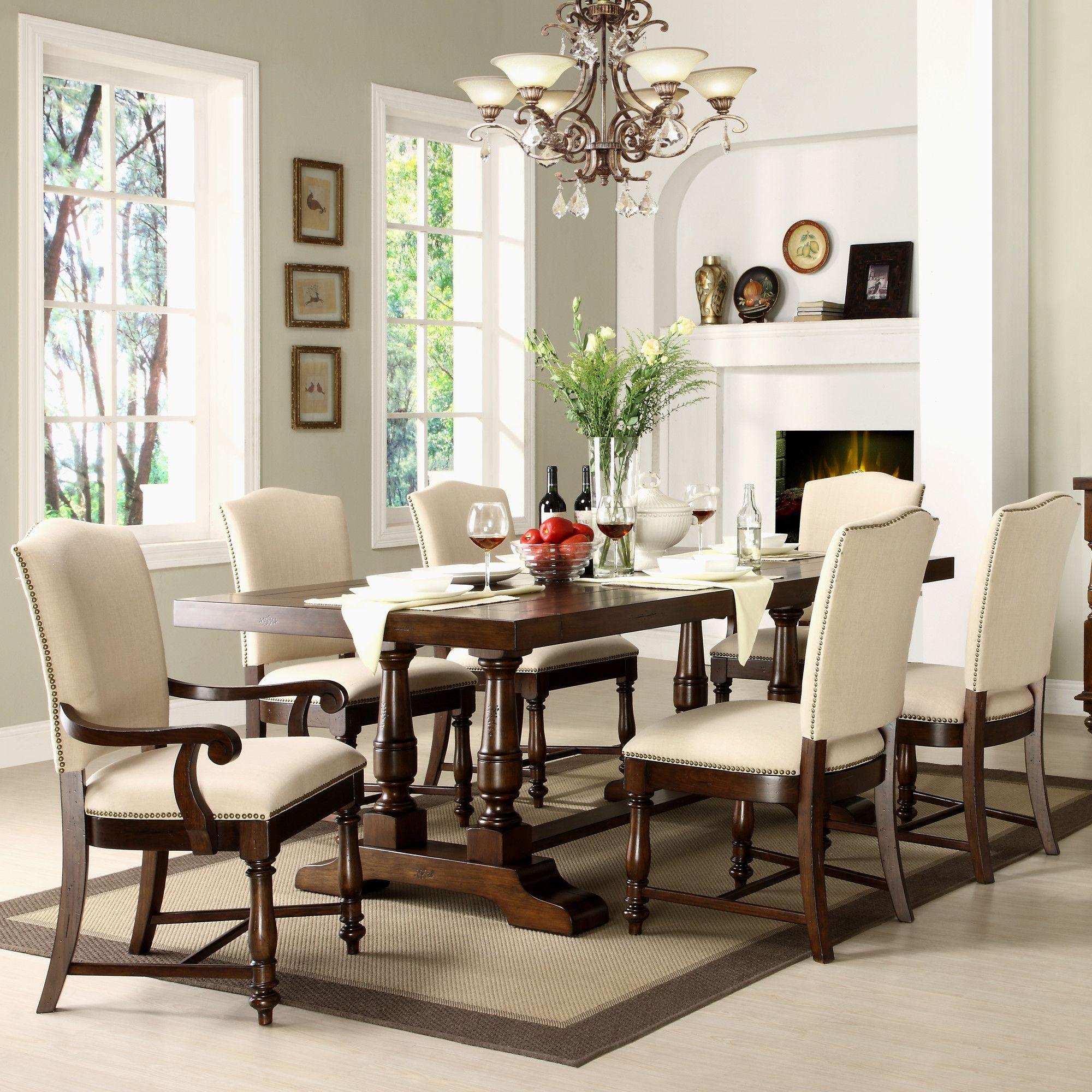 Riverside Furniture Newburgh 7 Piece Dining Set