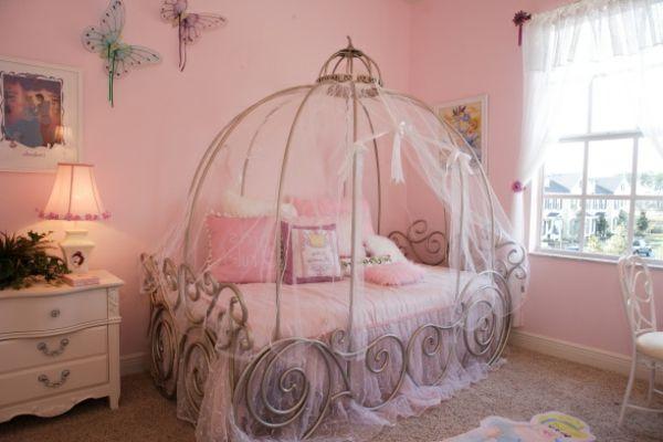 Décoration d\'une chambre de petite princesse - Archzine.fr ...