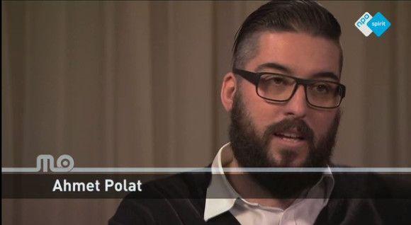 De Turks-Nederlandse fotograaf Ahmet Polat is uitgeroepen tot Fotograaf des Vaderlands. Bekijk via NPO Spirit een videoportret van deze eigenzinnige vragensteller:  http://www.spirit24.nl/spirit/ntr#!player/info/program:50864718/group:49688355