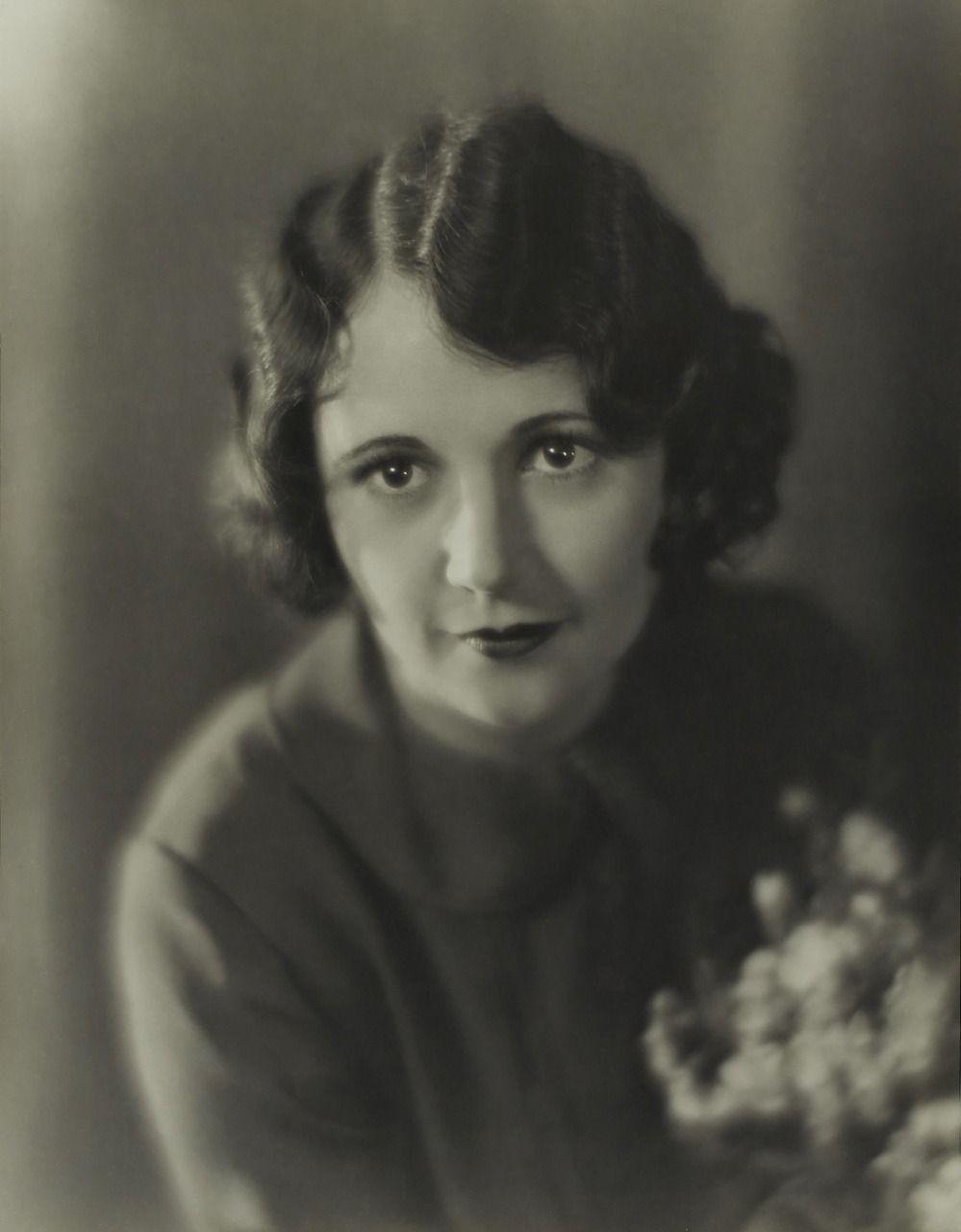 Dorothy Devore Dorothy Devore new photo