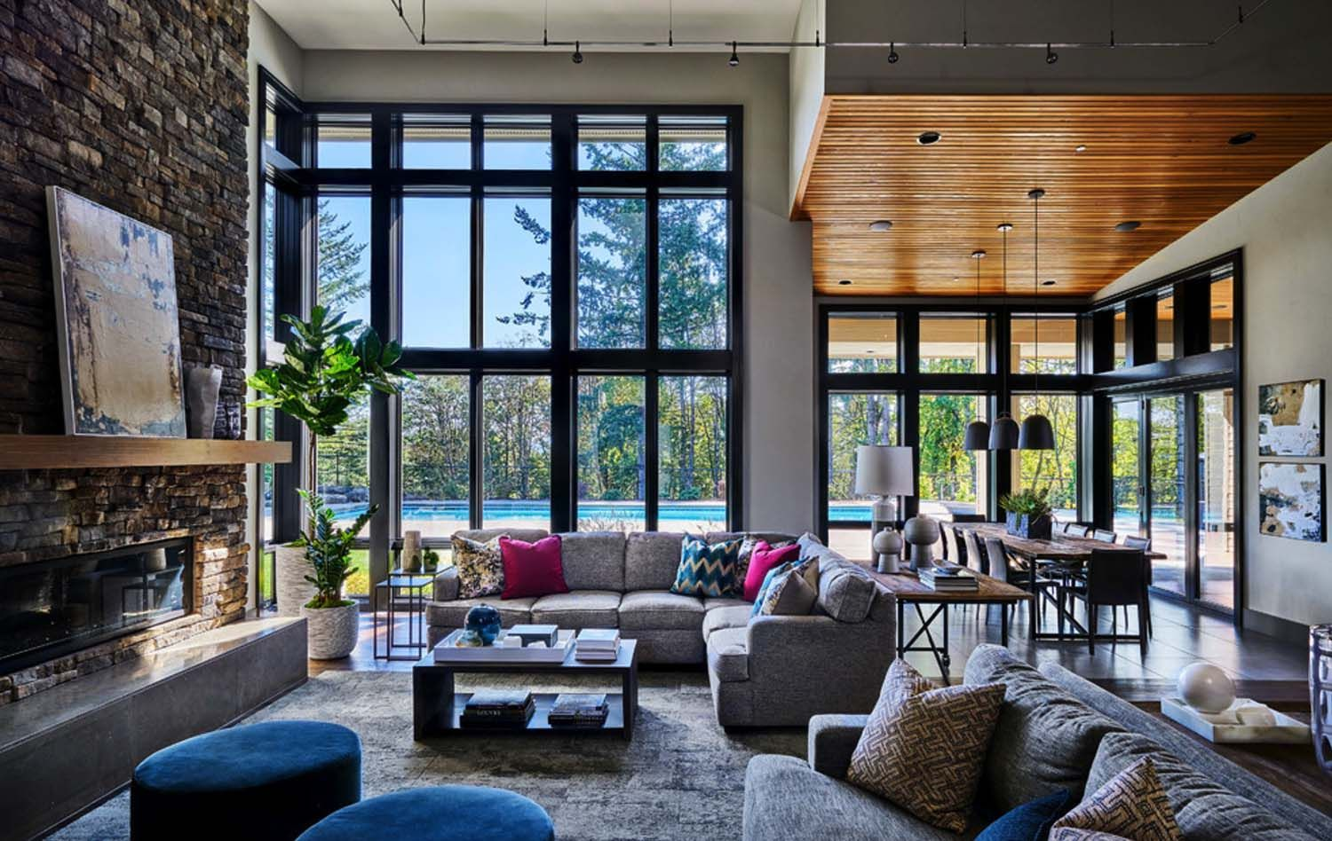 Luminous Contemporary Family Home In Oregon With Spa Like Atmosphere Contemporary House Design Modern House Design Contemporary House