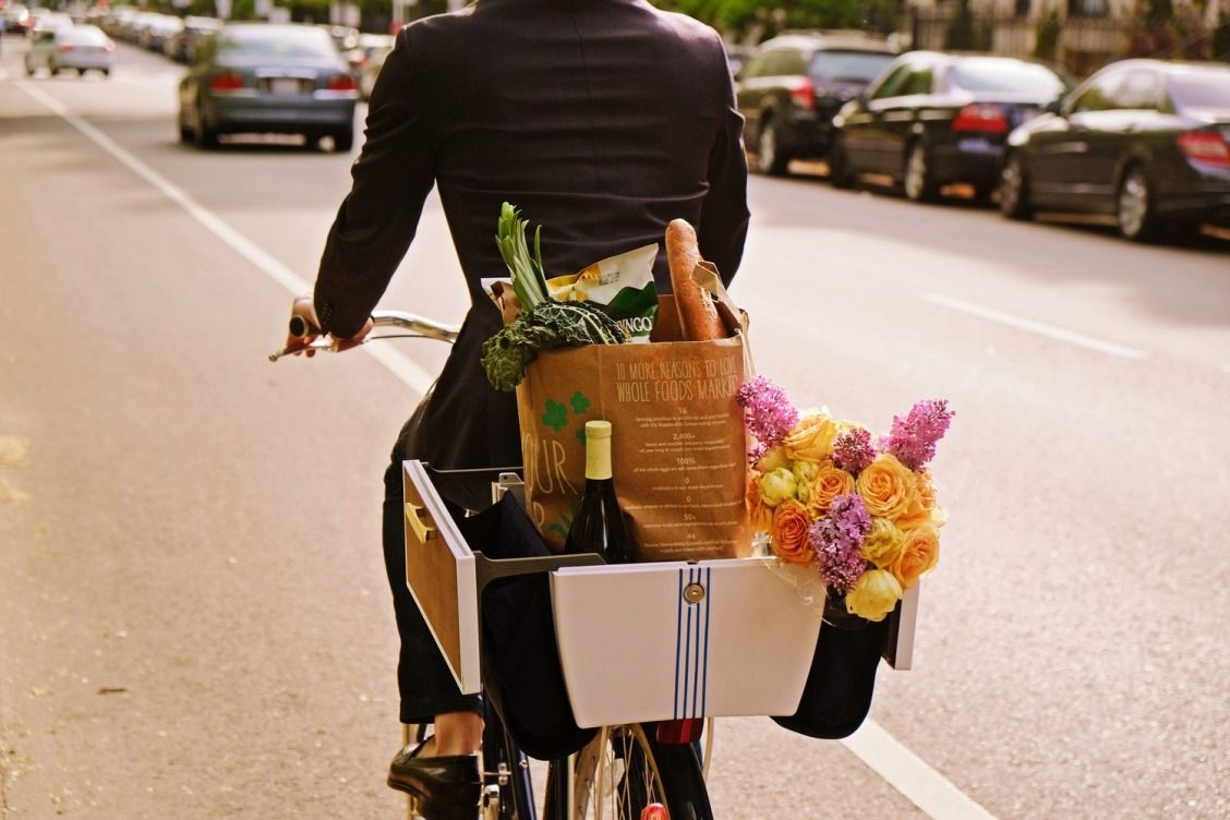 Safe, comfortable storage on your bike is ESSENTIAL for a comfortable ride. Read on to see why I love the Buca Boot so much — and to get your dose of Spring inspiration!