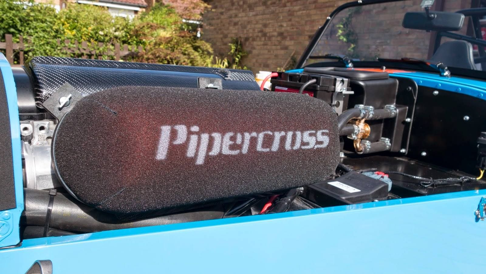 Pipercross Filter on a Caterham R500. Performance air