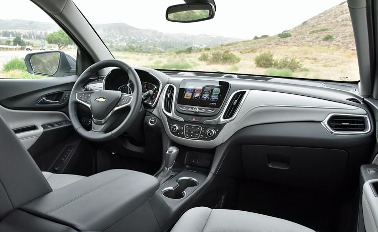 Ratings And Review The 2018 Chevrolet Equinox Is A Good Crossover Suv But Value Proves Elusive Chevrolet Equinox Best Crossover Suv Chevrolet
