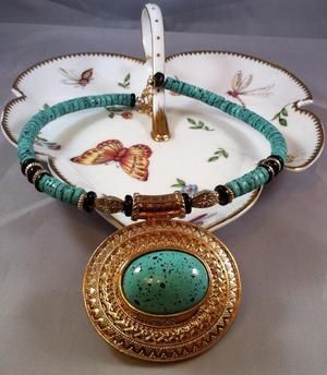 Image of ❘❘❙❙❚❚NEW❚❚❙❙❘❘ Green & Gold Necklace