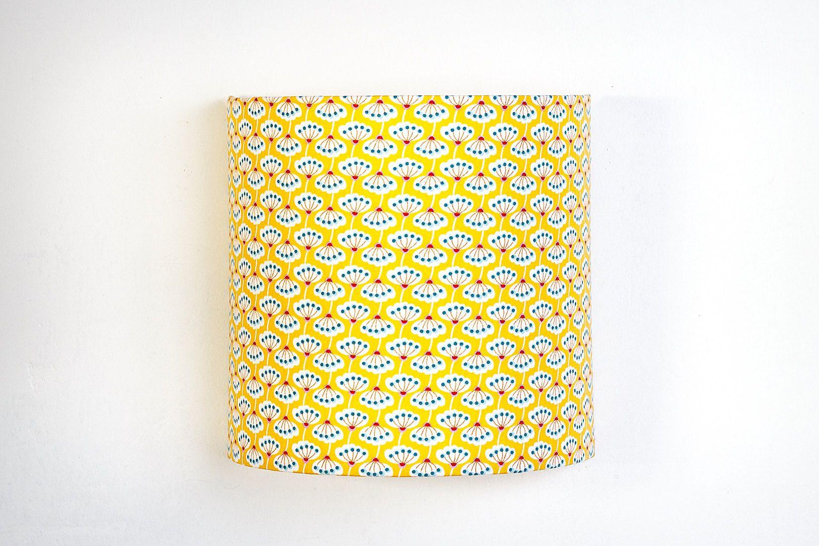 applique murale jaune