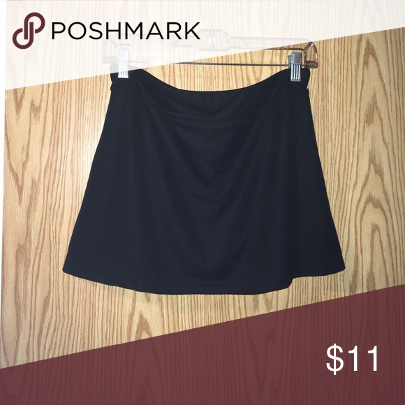 Reebok play dri black skirt Cute black Play Dri Skirt size small Reebok Skirts