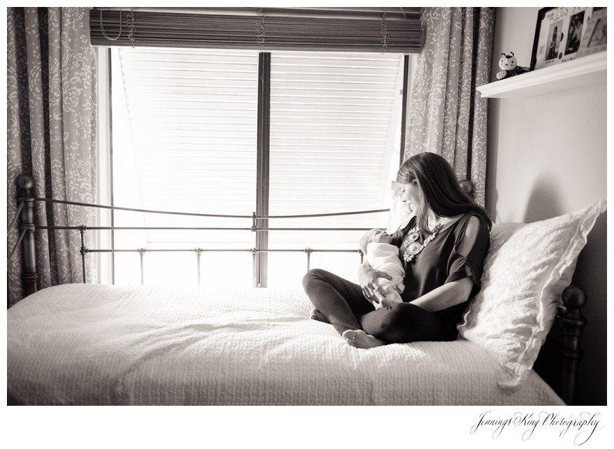 Jennings King Photography | Charleston Photographer | South Carolina | Family Lifestyle | Newborn Photography | Baby & mom