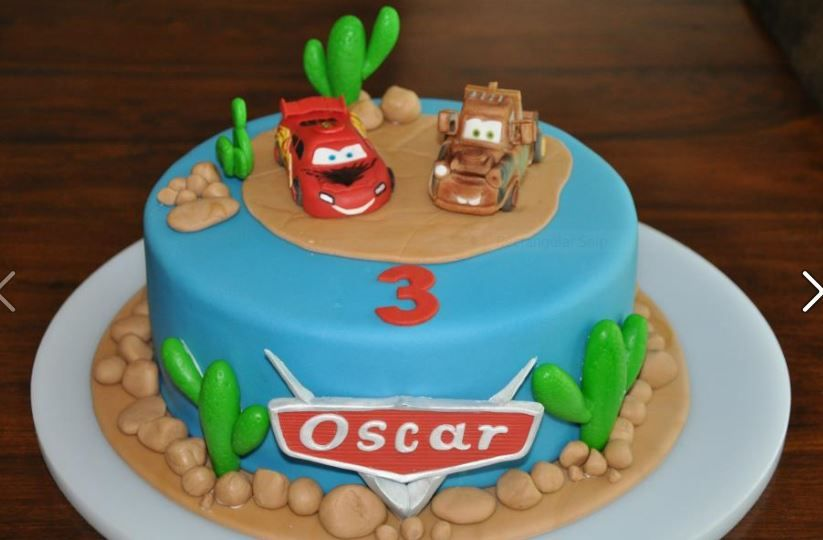 Birthday Cakes Dubai ~ Inspiration for a cars lightning mcqueen cake and cupcakes