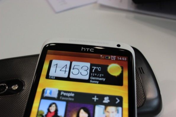 HTC One X Hands-On-Pictures/Video