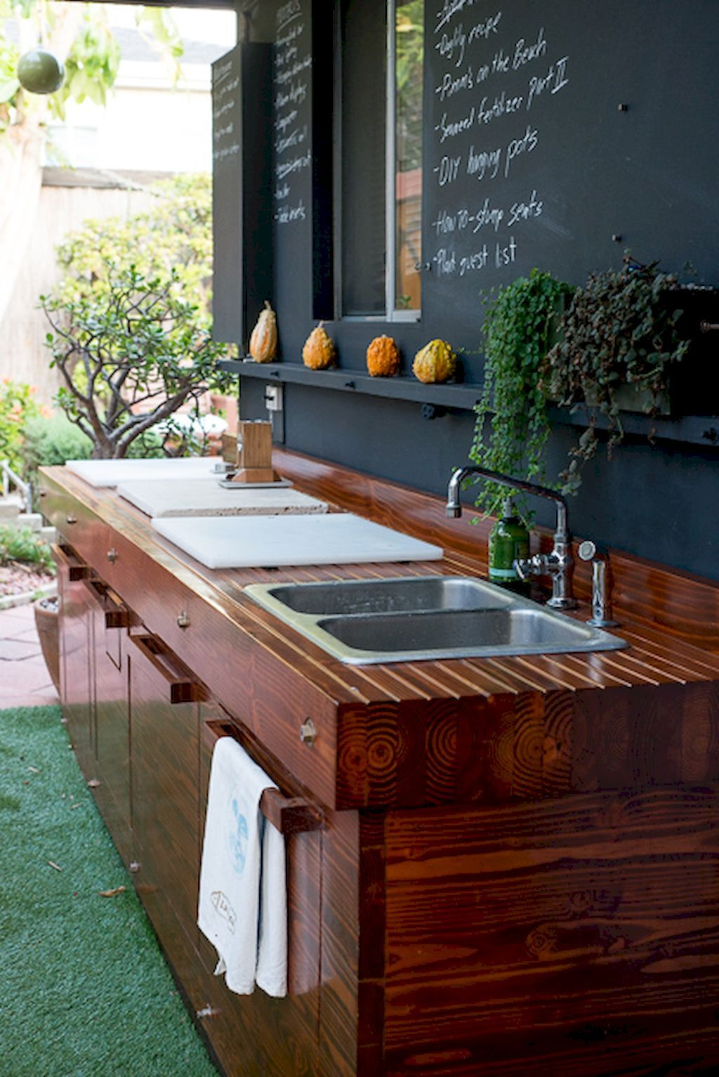 60 amazing diy outdoor kitchen ideas on a budget decor decorating kitchen simple outdoor on outdoor kitchen ideas on a budget id=76306