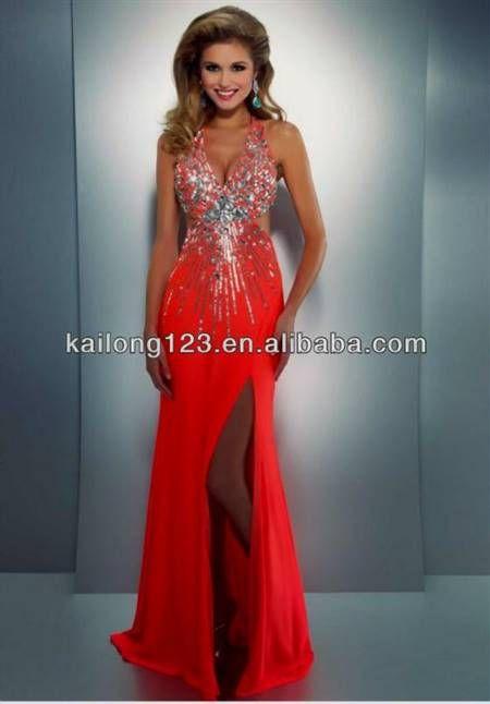 Tight-Fitting Prom Dresses