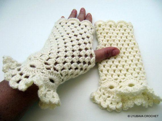 Crochet PATTERN Fingerless Gloves Pattern, Marvelous Gloves Ruffle ...