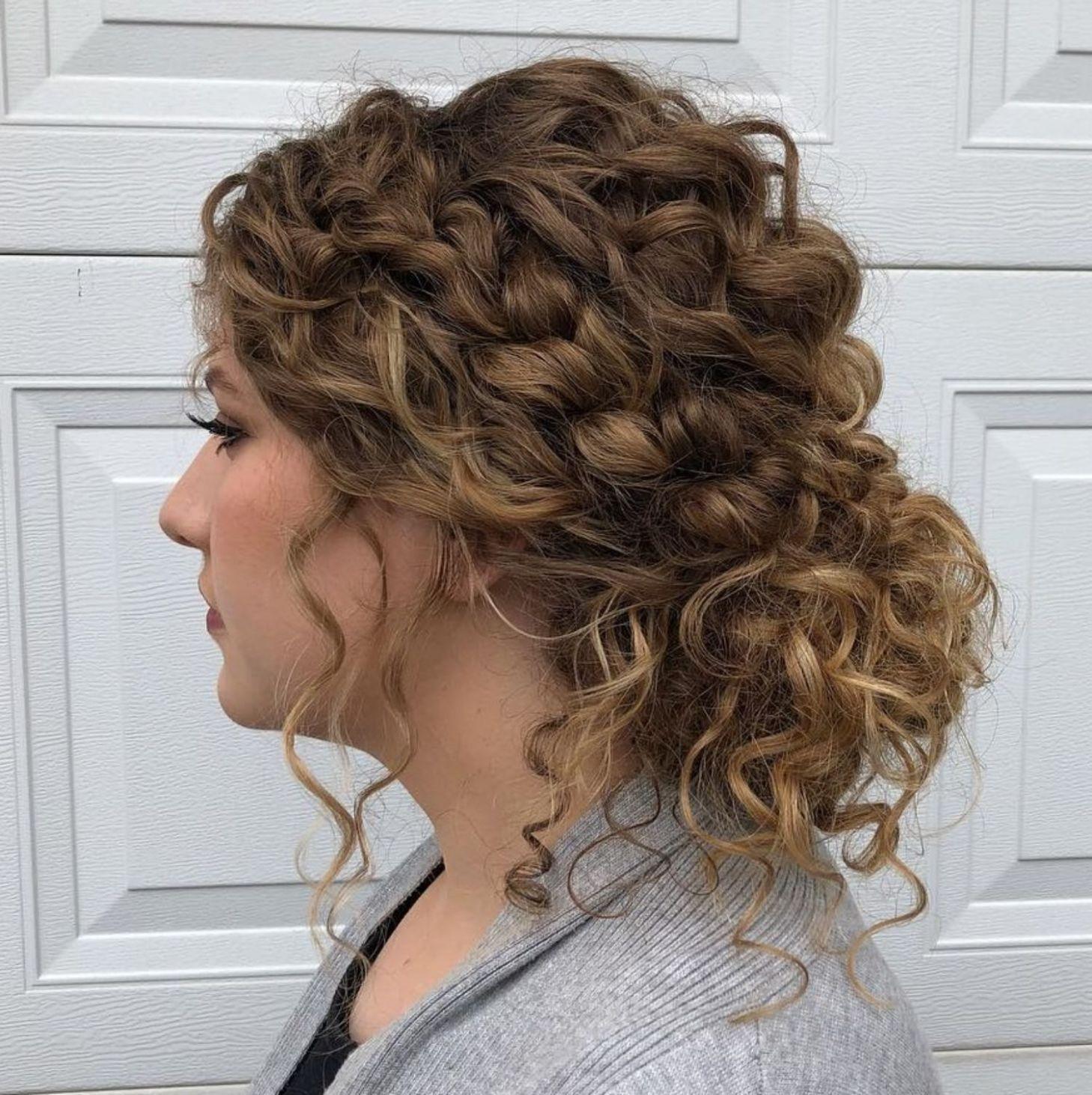 60 Stile Und Schnitte Fur Naturlich Lockiges Haar Fur Haar Lockiges Naturlich Schnitte Stile Und Lockige Haare Naturlich Lockig Naturlocken Frisuren
