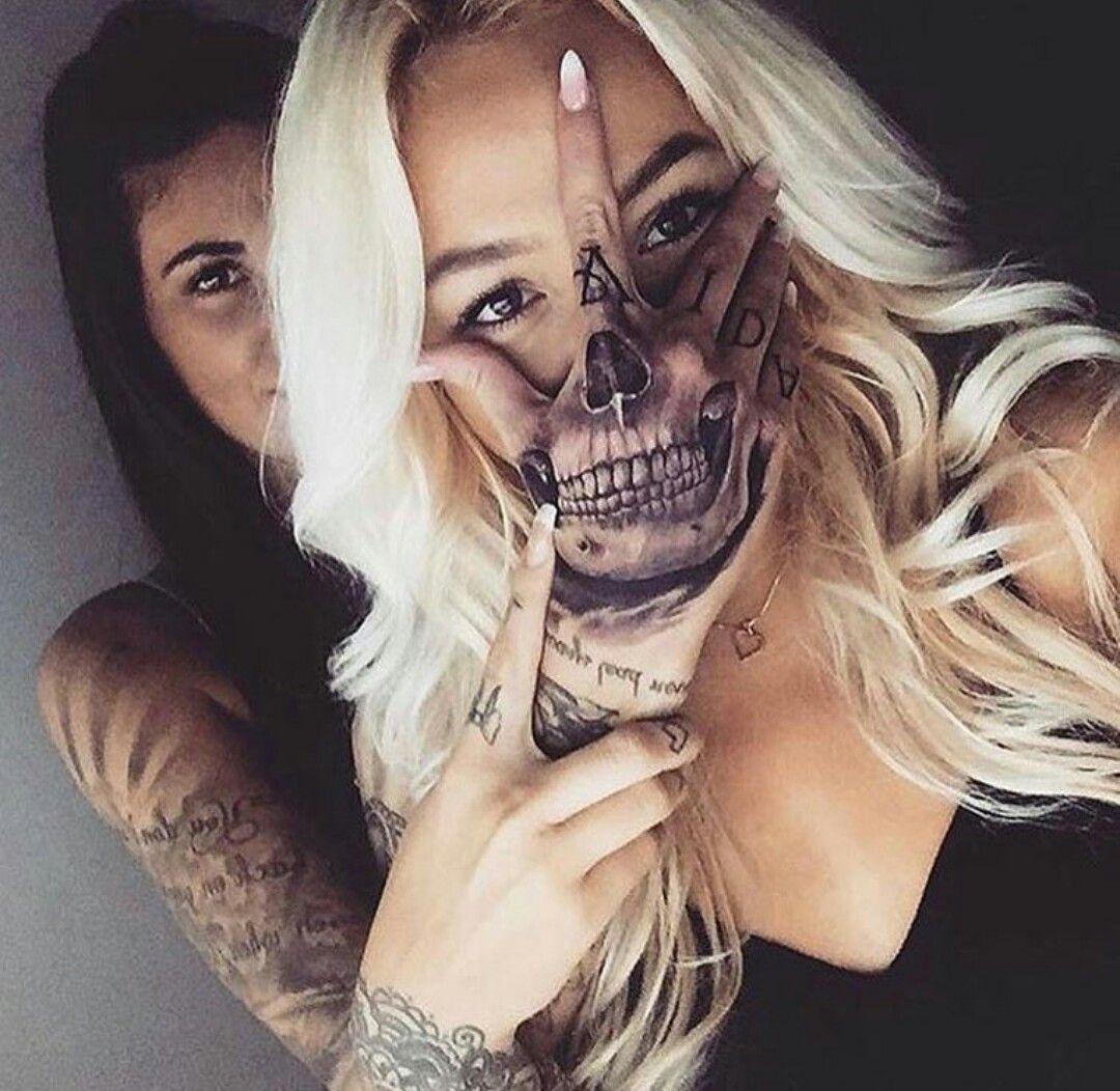 Cool Hand Skeleton Tatoo Girls Women Blonde Black Skull Hand