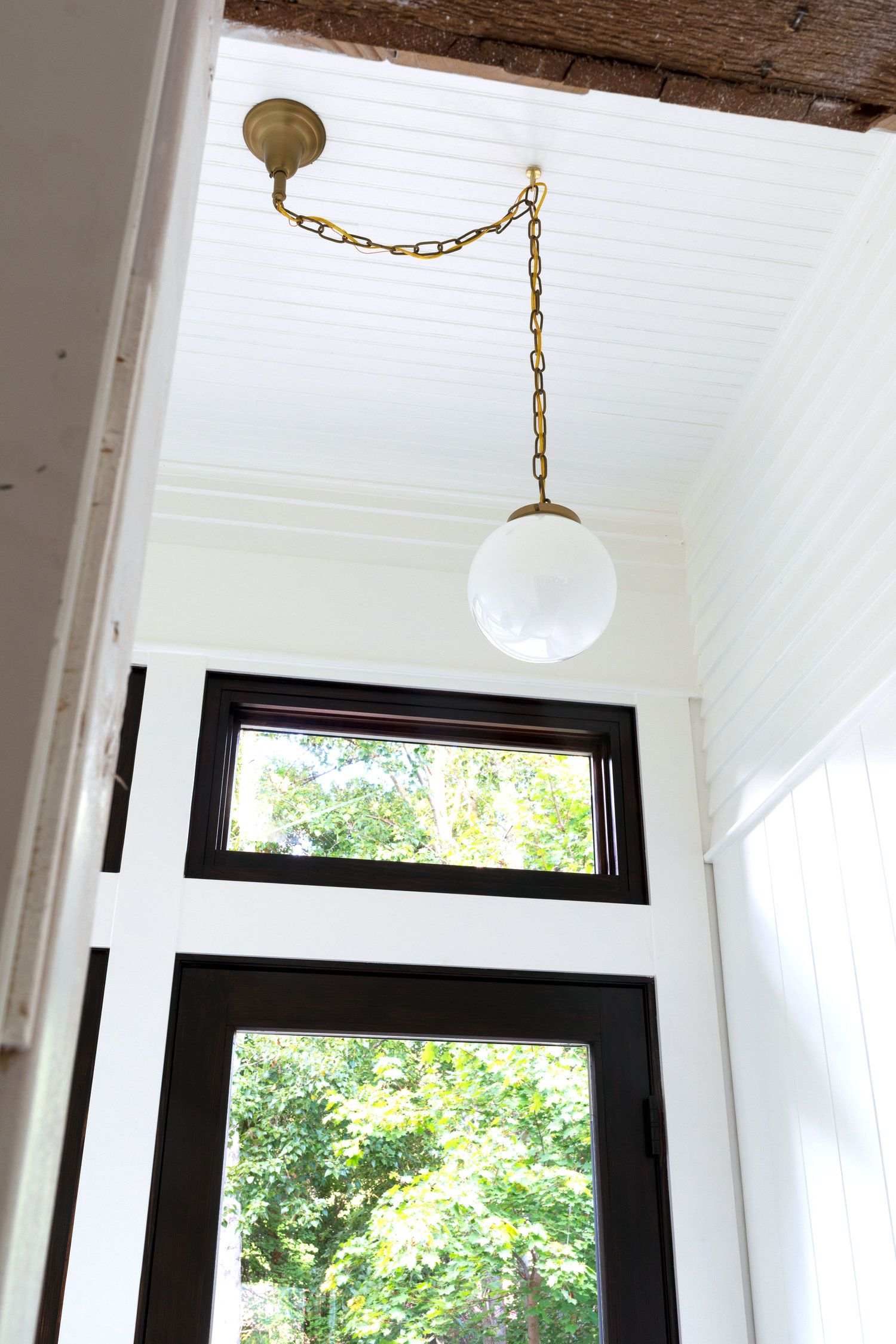How To Center An Off Center Ceiling Light Without Moving