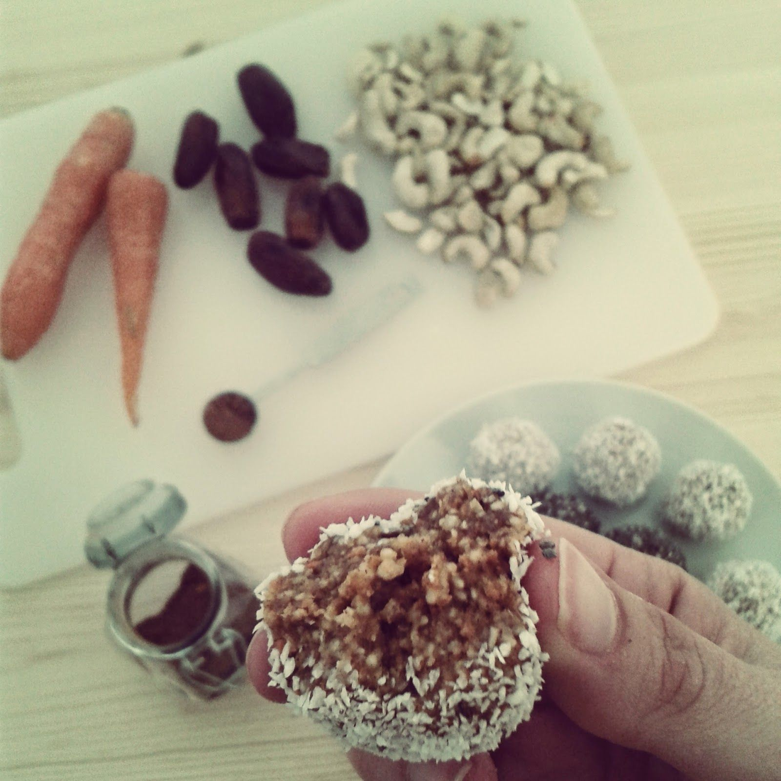 Trufas de Frutos Secos e Cenoura