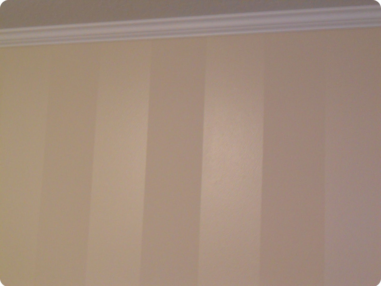 Vertical stripes same color paint flat semi gloss - Matte finish paint for walls ...