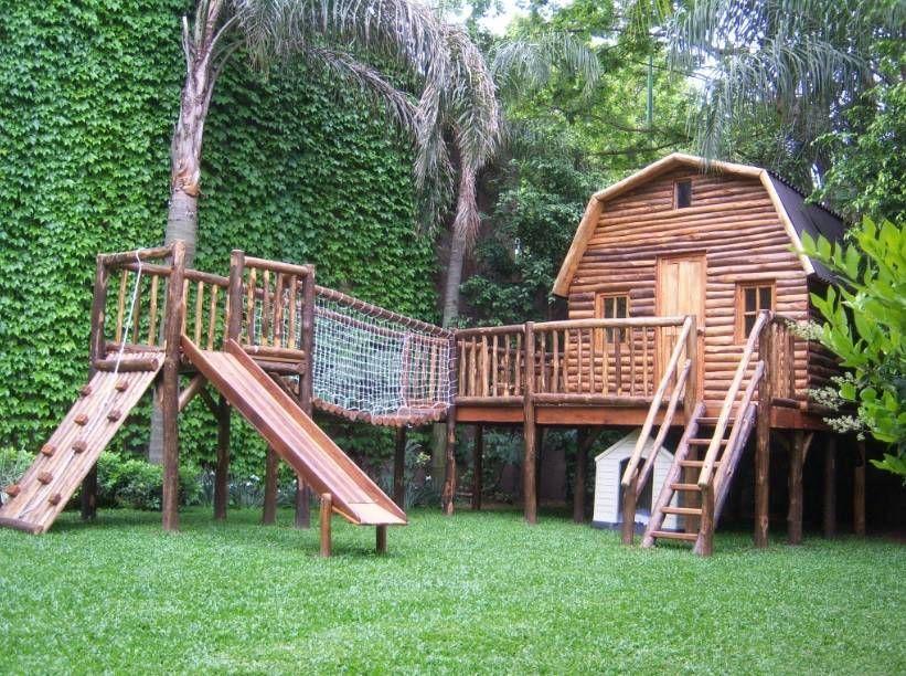 Juegos Y Casitas Para Niños Juegos Del Bosque Jardineshamacas Y áreas De Juego Homify Casa De Juegos Exterior Casa De Niños Casita De Madera Infantiles