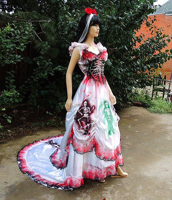 Dia de los muertos mexican sugar skull bride spanish for Sugar skull wedding dress