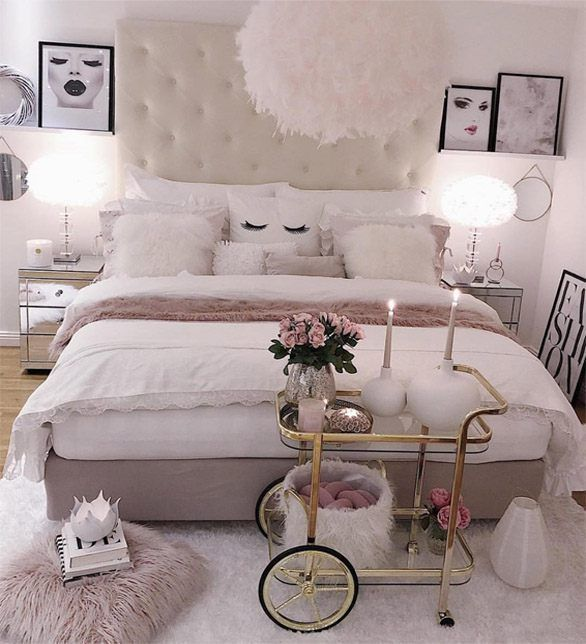 50 Sleigh Bed Inspirations For A Cozy Modern Bedroom: Inspiring & Modern Bedroom Designs & Tips For 2019