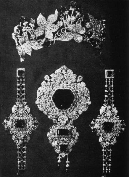 Empress Elisabeth's (Sisi) Ivy Tiara, Austria (1878; made by A.E. Köchert; emeralds, diamonds). Also pictured from parure, corsage and two bracelets. Current location unknown.