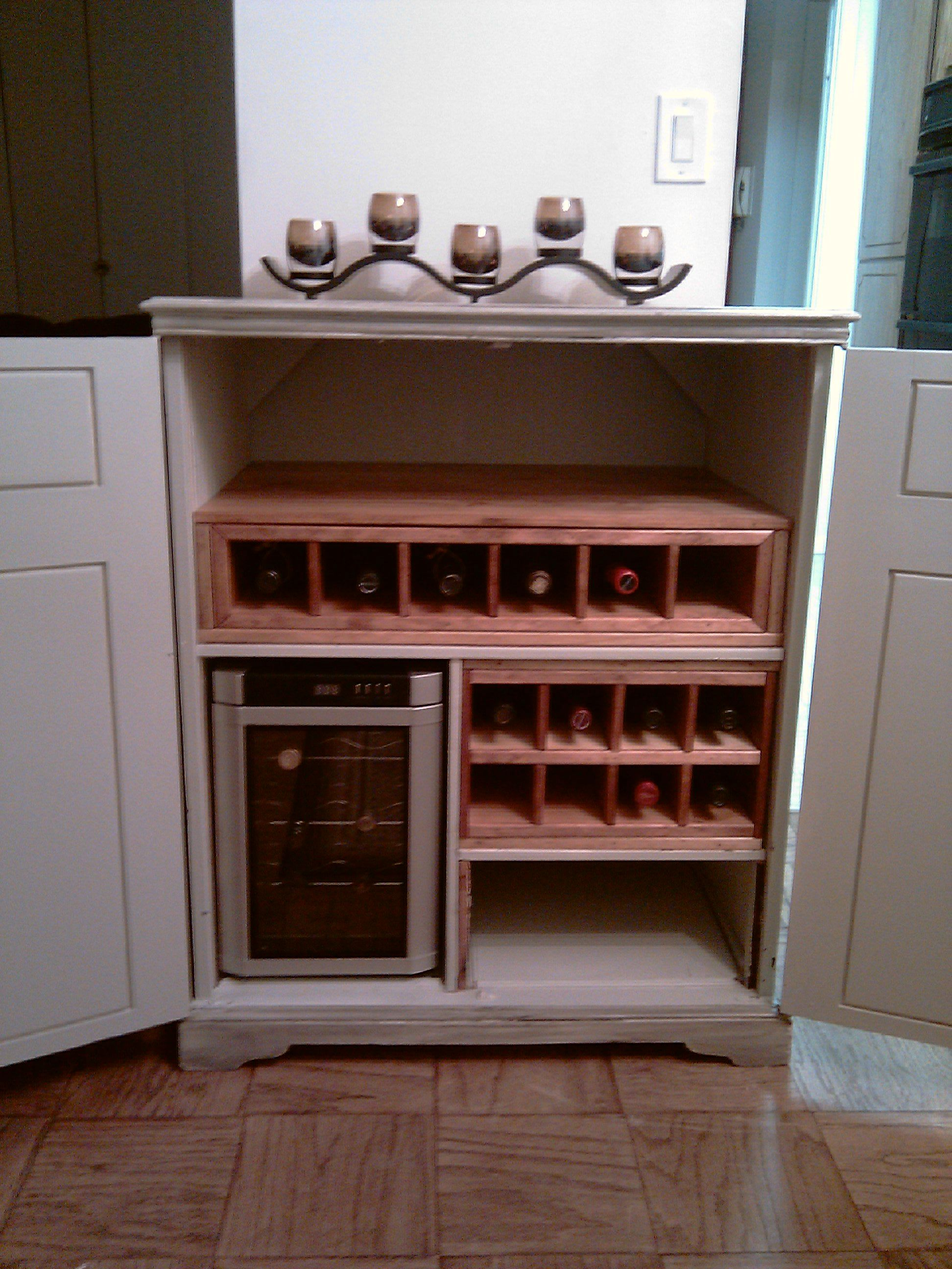 how to turn a radio cabinet into a bar how to paint shabby chic vintage furniture to paint vintage furniture repurpose furniture