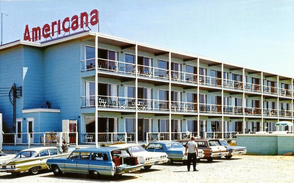 The Americana Motel Pictured Circa 1964 Was Built On 56th Street And The Ocean In 1963 It Was One Of Just A Few Ocean City Maryland Ocean City Md Ocean City