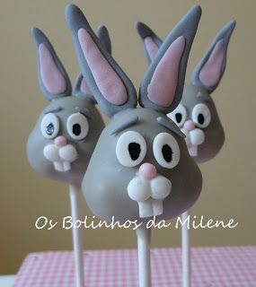 Bugs Bunny - this link also has Daffy Duck cake pops ~M_x