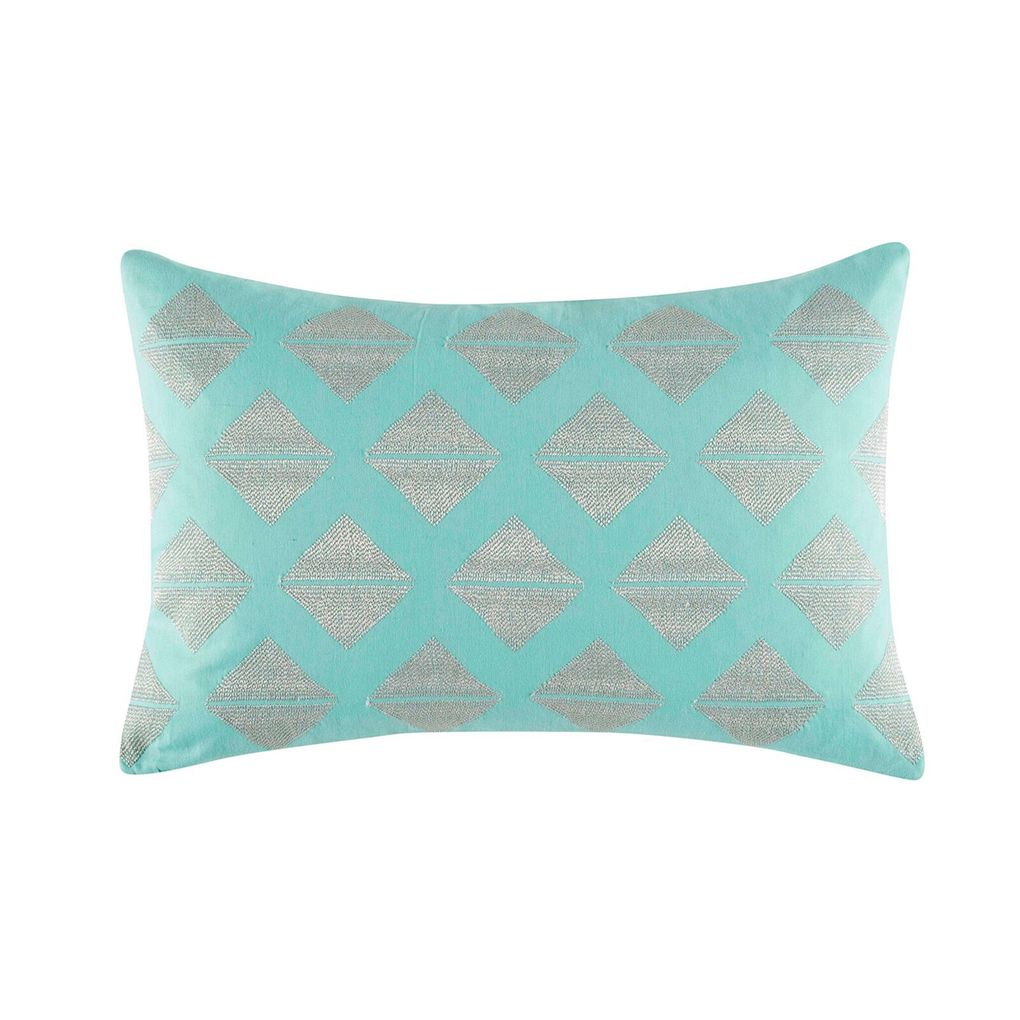 The nari cushion from ks studios features ontrend geometric